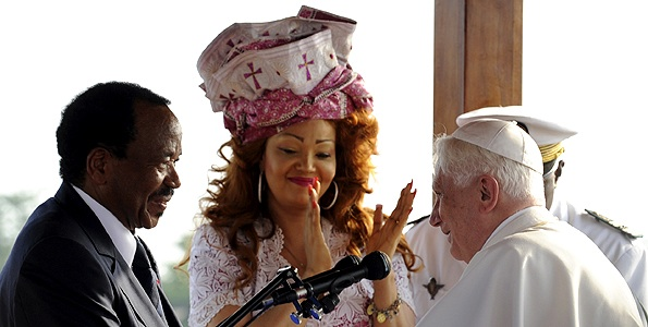 Chantal%20Biya%20meeting%20Pope.jpg