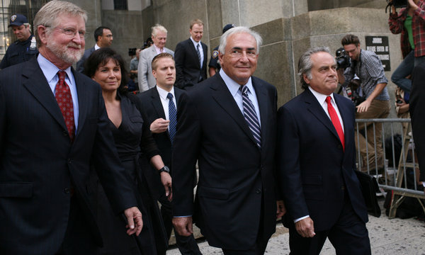 DSK%20leaving%20court.jpg