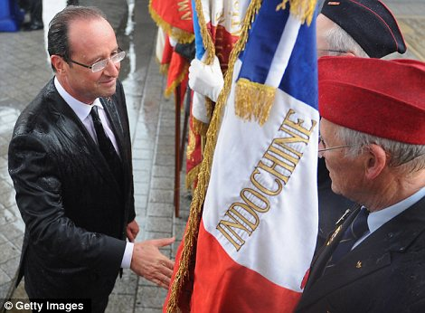 Hollande%20soaking%20wet.jpg
