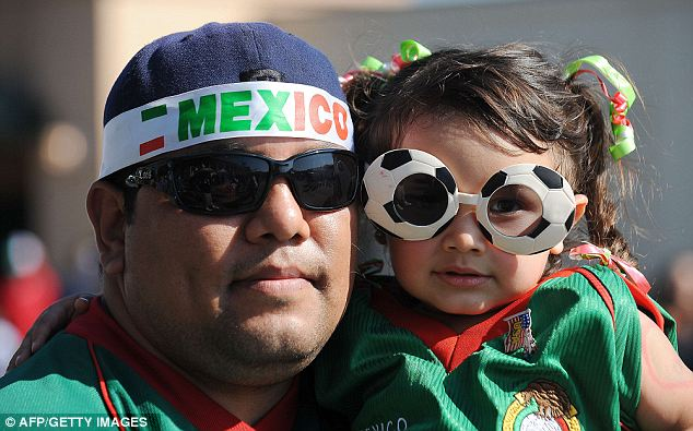 Mexicans%20in%20U.S.%20cheering%20Mexican%20team.jpg