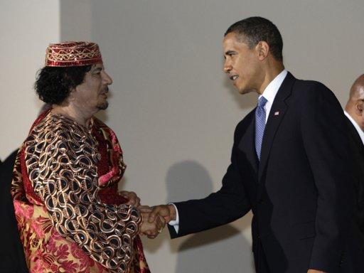 Obama%20shakes%20Kaddafi%27s%20hand.jpg
